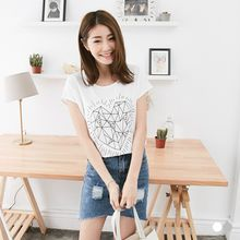OrangeBear - Short-Sleeve Studded Heart Graphic Tee