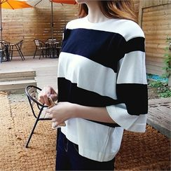 ERANZI - Kimono-Sleeve Striped Knit Top
