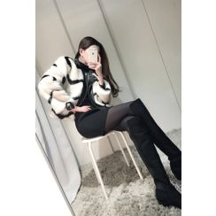 ATTYSTORY - Inset Faux-Leather Trim Faux-Fur Jacket