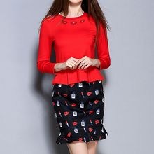 Merald - Set: Beaded Ruffle Hem 3/4 Sleeve Top + Lips Print Mini Skirt