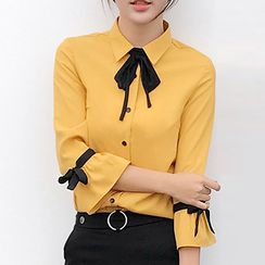 Mukouf - 3/4-Sleeve Bow Neck Chiffon Blouse