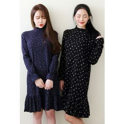 Dalkong - Long-Sleeve Ruffle-Hem Patterned Dress