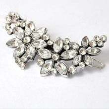 Feather World - Rhinestone Flower Hair Clip