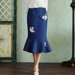 GU ZHI - Embroidered Ruffle-Hem Denim Skirt