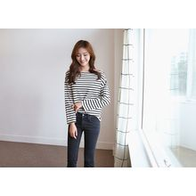 Hello sweety - Off-Shoulder Stripe T-Shirt
