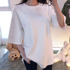 chuu - Round-Neck Elbow-Sleeve Oversized T-Shirt