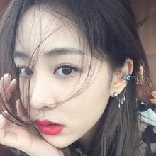 Seoul Young - Rhinestone Eye Drop Single Ear Cuff  (1pc)