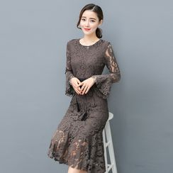 lilygirl - Bell-Sleeve Midi Lace Dress