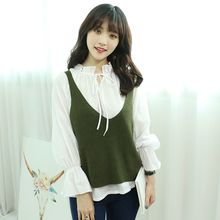 Dodostyle - Deep V-Neck Sleeveless Knit Top