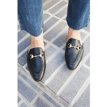 OZNARA - Buckle-Trim Mules
