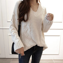 NIPONJJUYA - V-Neck Cable-Knit Sweater