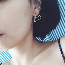 HEDGY - Triangle Earrings