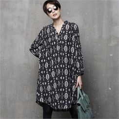 HALUMAYBE - Half-Placket Patterned Shift Dress