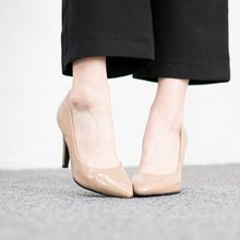 VIVIER - Pointy-Toe Pumps