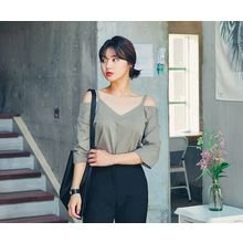 HOTPING - Off-Shoulder 3/4-Sleeve Top