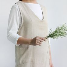 iswas - V-Neck Cotton Apron