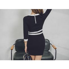 UUZONE - V-Neck Contrast-Trim Bodycon Dress