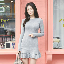 chuu - Ruffle-Hem Knit Sheath Dress