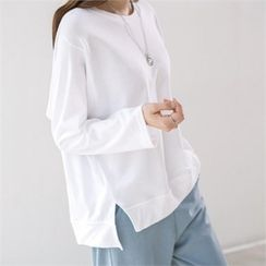 PEPER - Slit-Side Dip-Back Long Sleeve T-Shirt