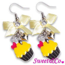 Sweet & Co. - Sweet&Co Ribbon Mini Cupcake Crystal Earrings