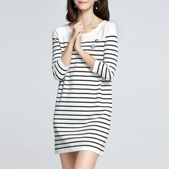 Sentubila - Striped 3/4-Sleeve Knit Dress